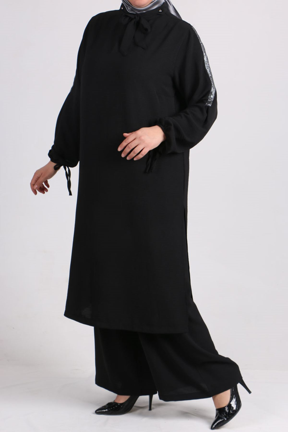 7694 Büyük Beden Airobin Fularlı Pantolonlu Takım - Siyah