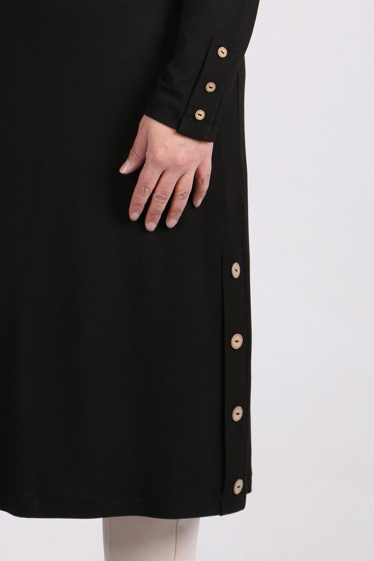 8180 Büyük Beden Düğme Detaylı Penye Tunik - Siyah