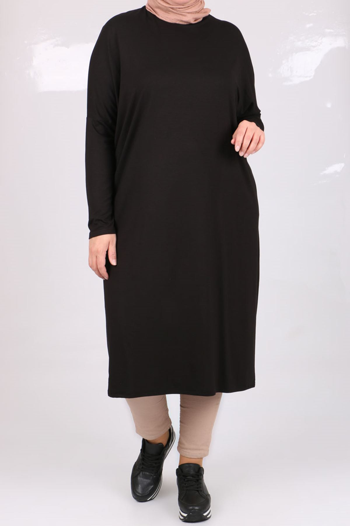 8240 Oversize tunic with low sleeves -Black