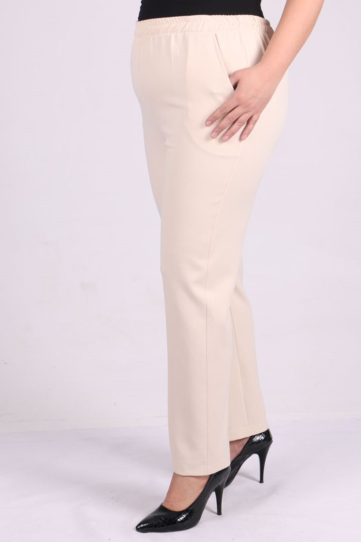 D-9025 Büyük Beden Defolu Beli Lastikli  Boru Paça Pantolon - Taş