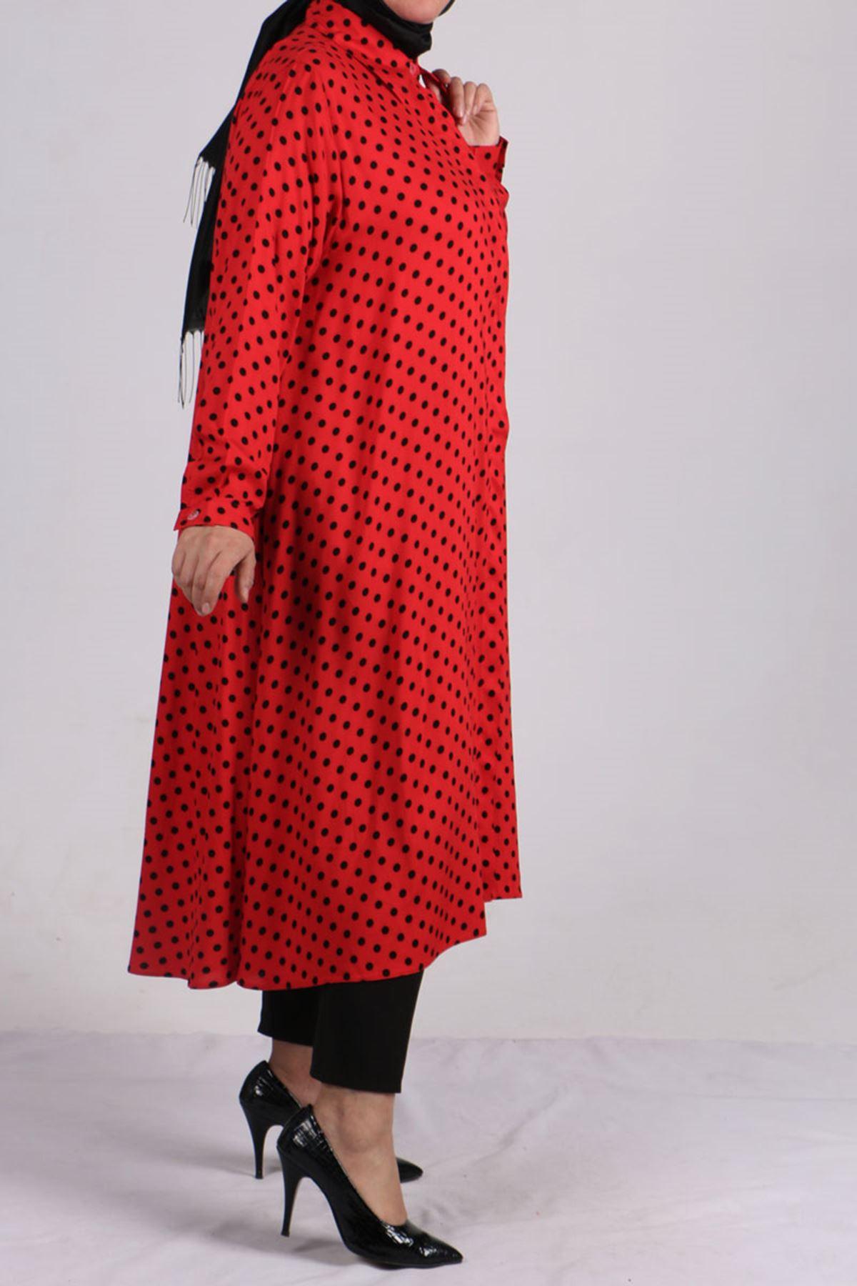 8461 Oversize Hidden Buttoned Shirt - Red Black Polka Dotted