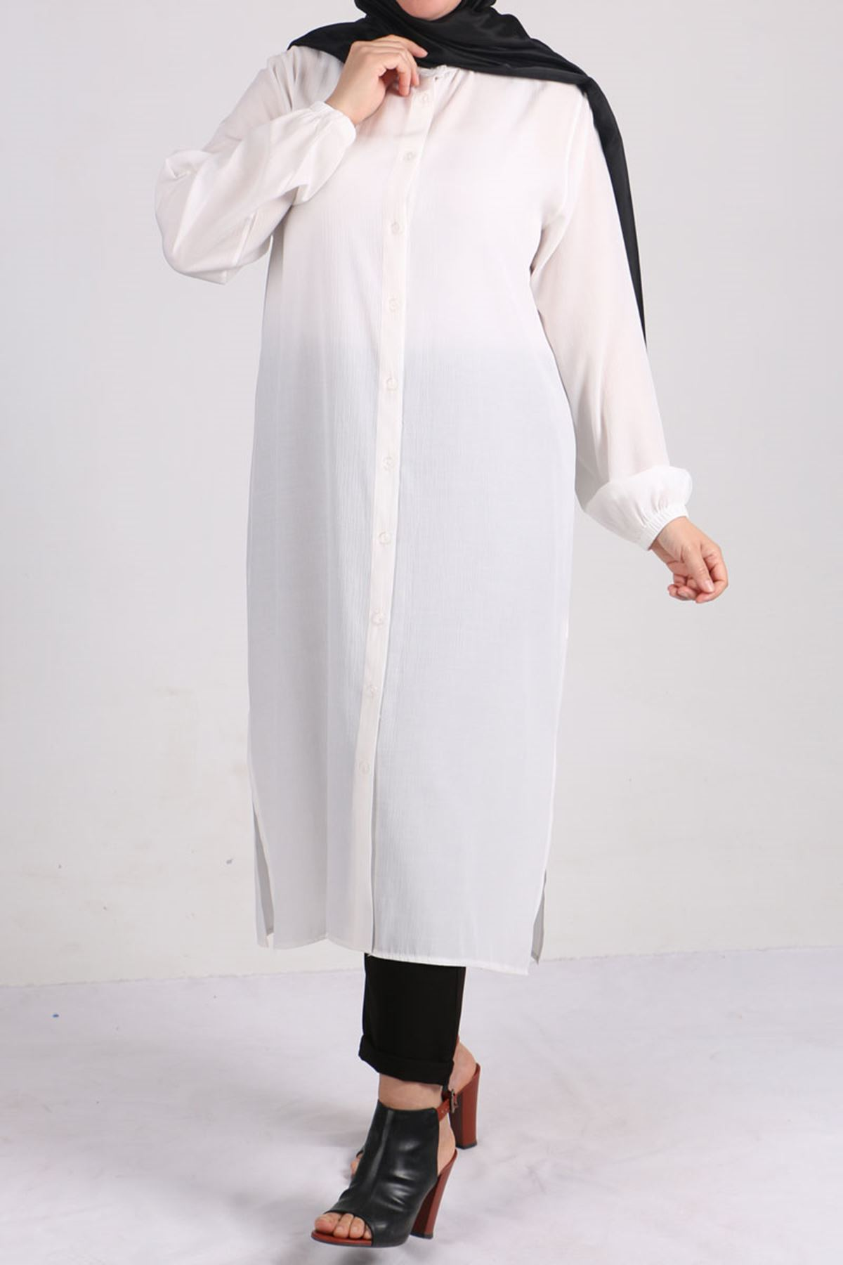8457 Oversize Tunic- White