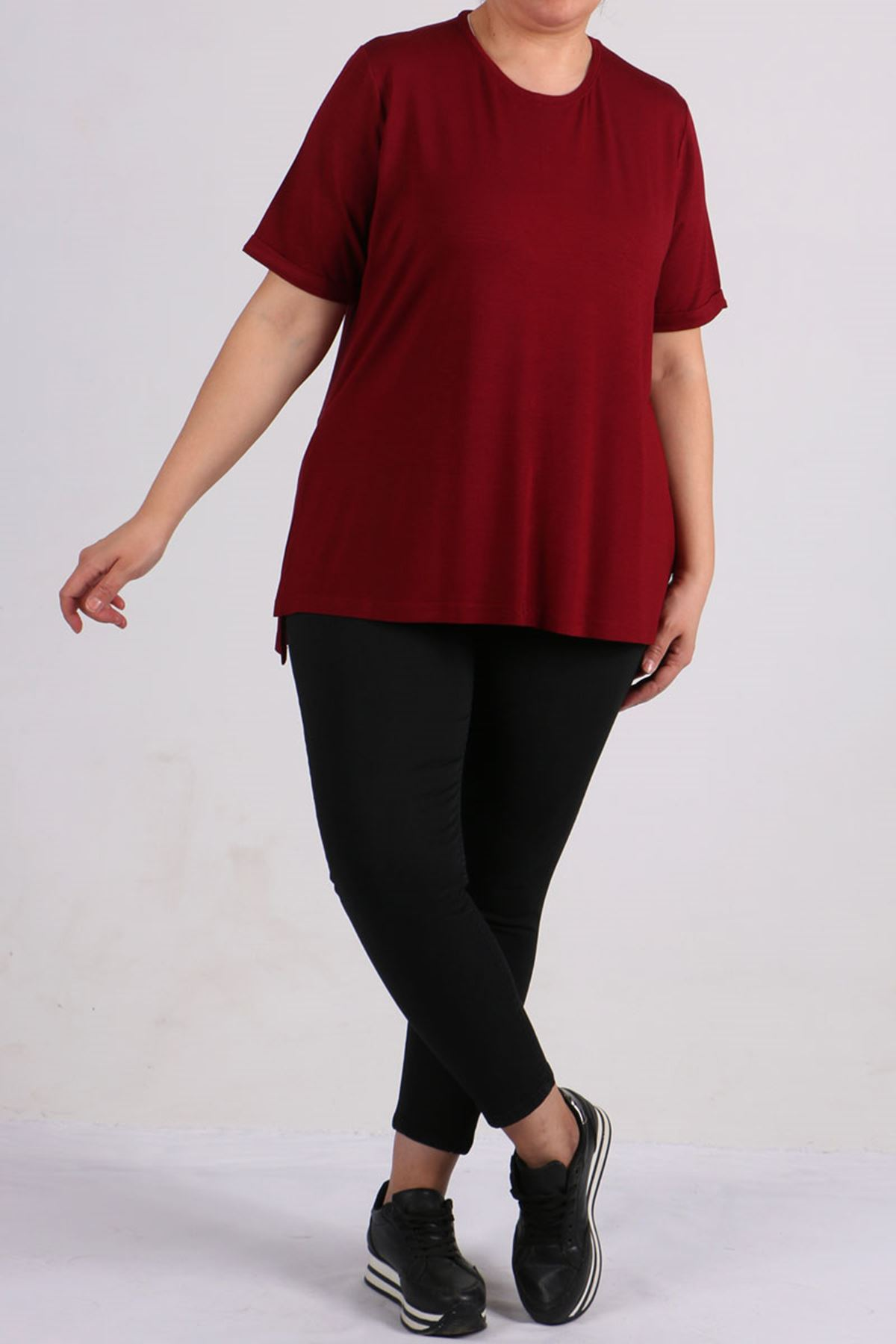 8529 Plus Size Basic T-shirt - Claret Red