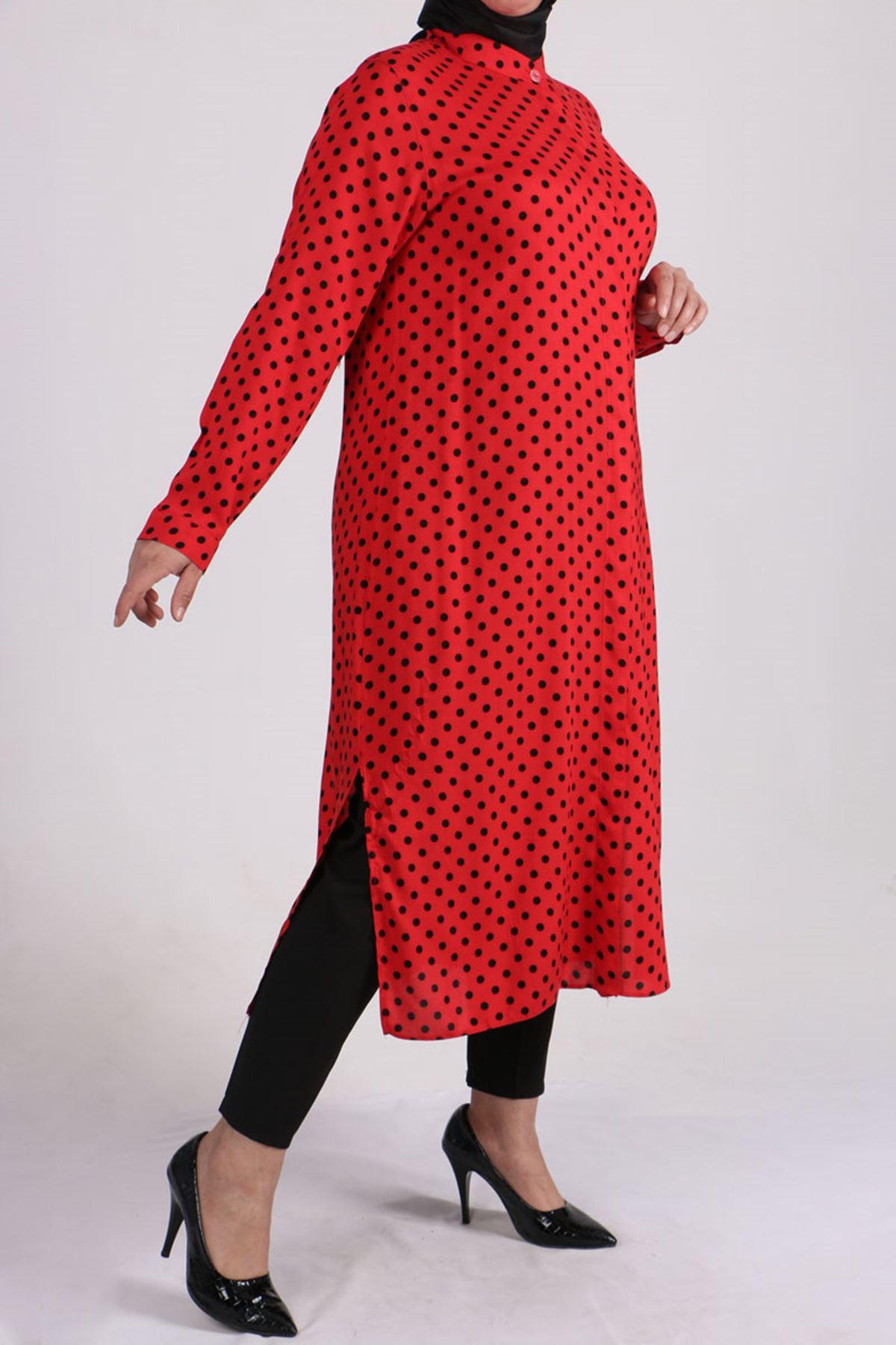 8462 Plus Size Shirt - Red - Black Polka Dot