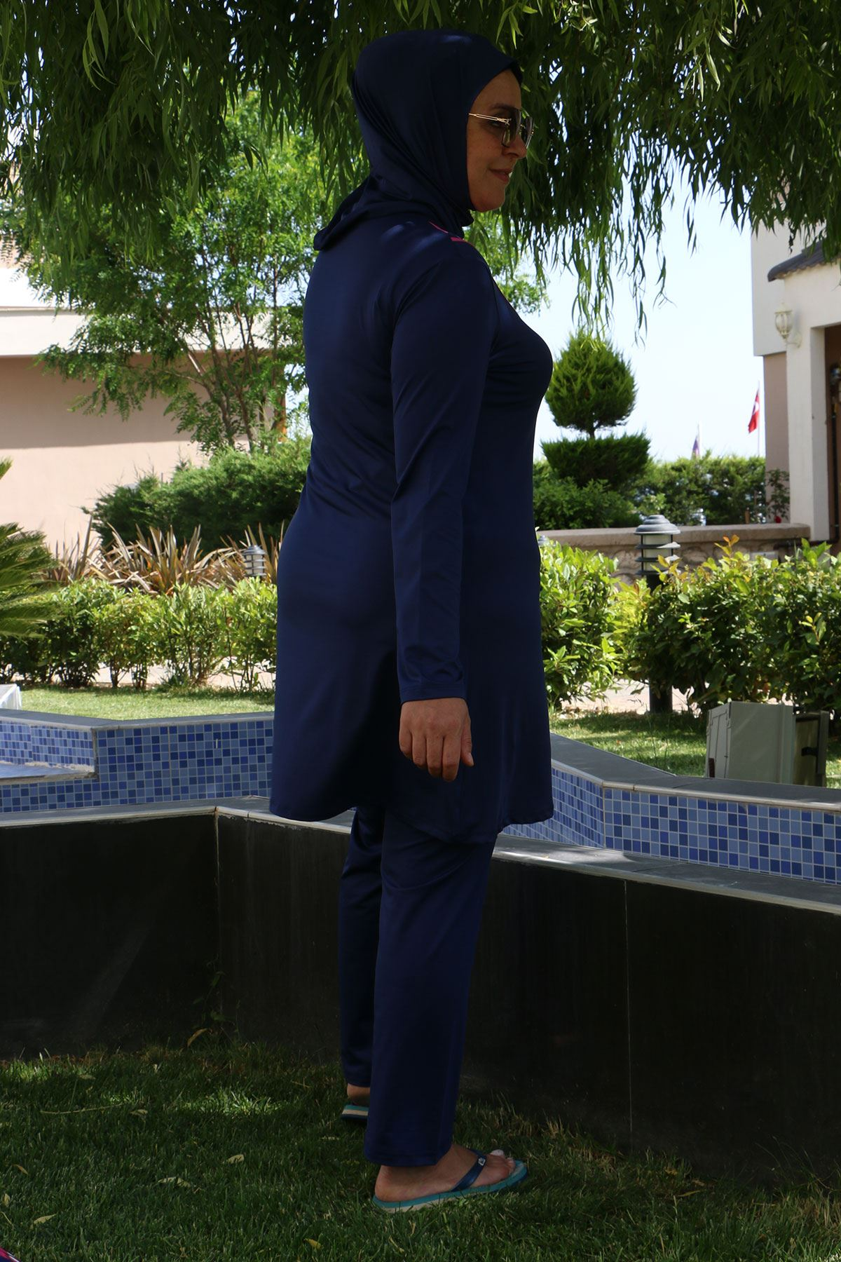 3205 Plus Size Front Striped Hijab Swimsuit - Navy Blue