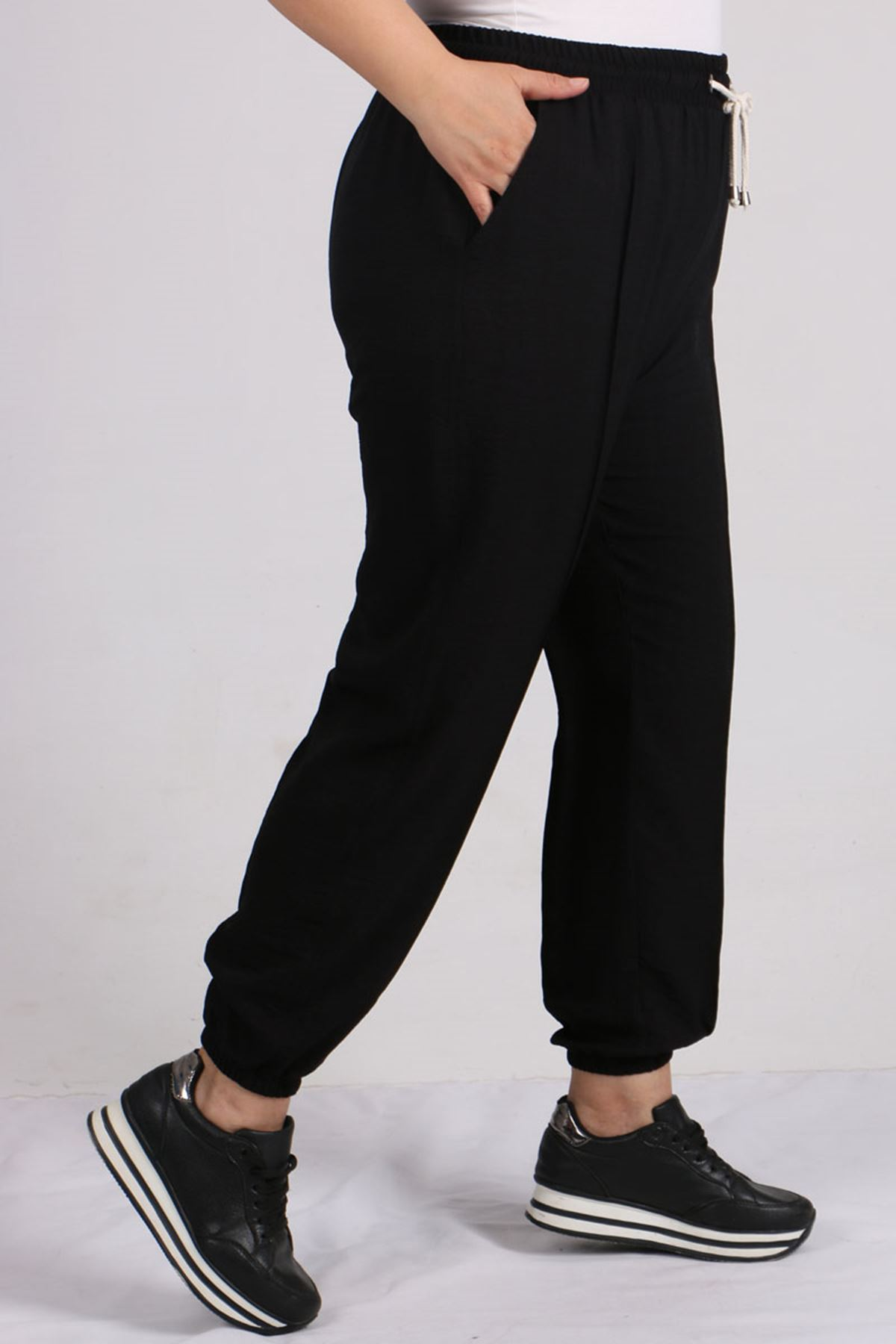9147 Plus Size Elastic Waist Pants - Black