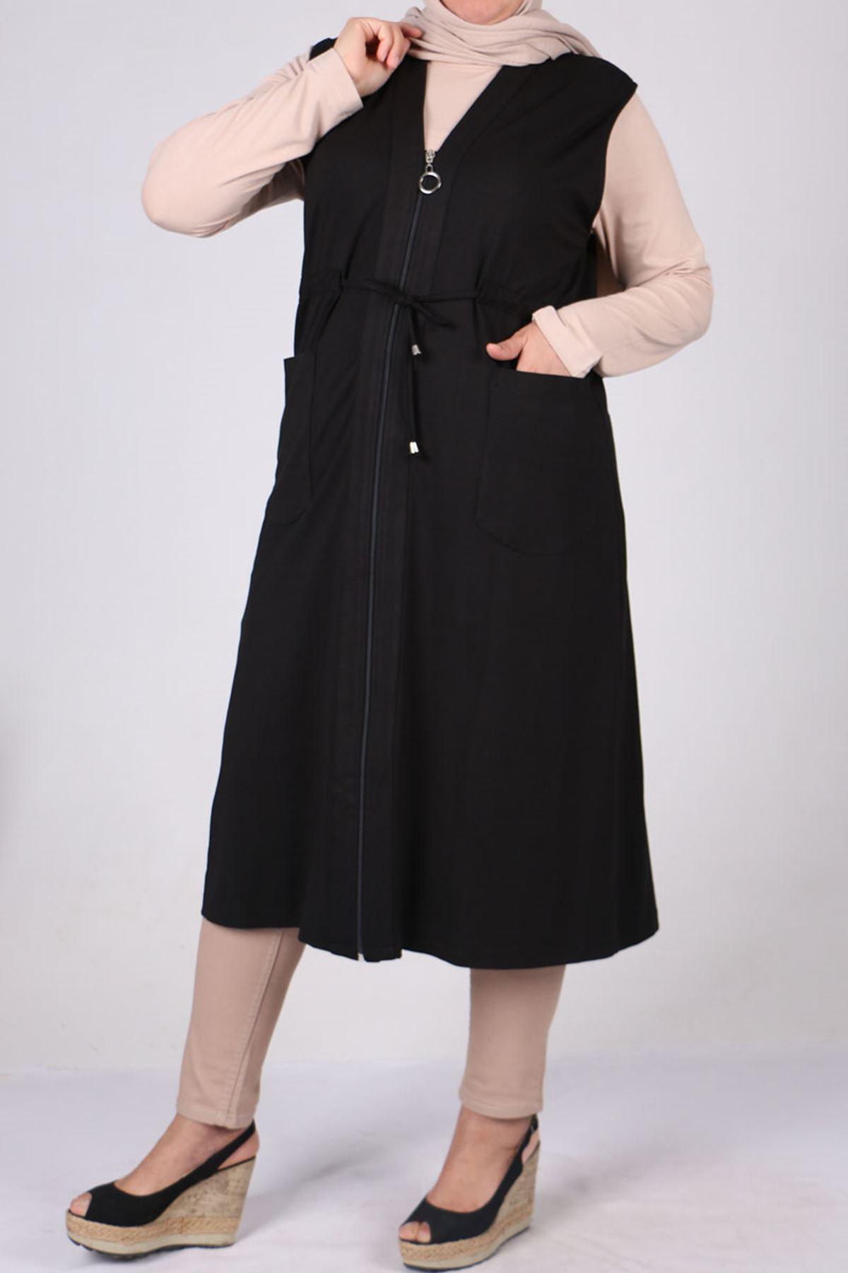 4052 Plus Size Zip-down Vest - Black